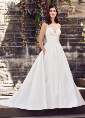 Paloma Blanca Wedding Dress