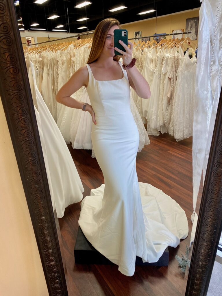 Plain fitted crêpe wedding dress, Aiden dress, madi Lane, minimony dress, micro wedding dress, square neck, chapel train