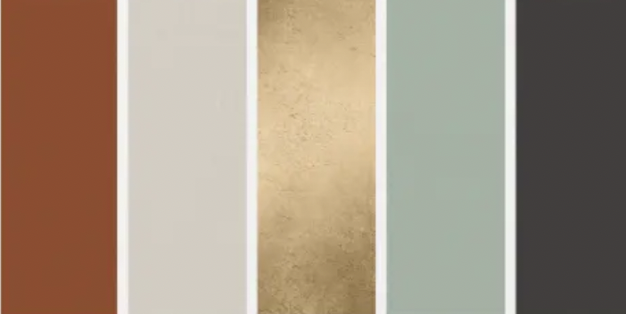 Gold metallic is a wedding trend that continues into 2022